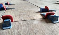 Чем грозит толстый слой клея под плитку и особенно на стене